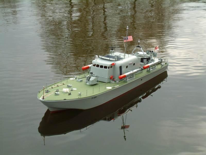 Model Boat Mayhem David Webb